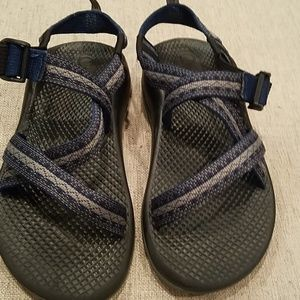 GUC Boys Youth Chaco Sandals Size 3